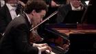 FRÉDÉRIC CHOPIN: Klavierkonzert Nr. 1 e-Moll op. 11 (Jewgeni Kissin, HD)