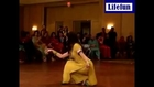 Beautiful girl mehandi belly dance in panjabi pashtu mujra style-dailymotion